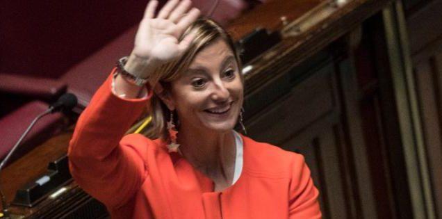 1496992762324_1496992777.jpg–roberta_lombardi