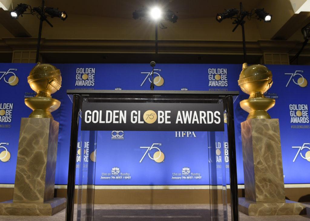 GOLDEN GLOBES 2018, VINCONO GUILLERMO DEL TORO, GARY OLDMAN E LA MCDORMAND. BOCCIATO GUADAGNINO