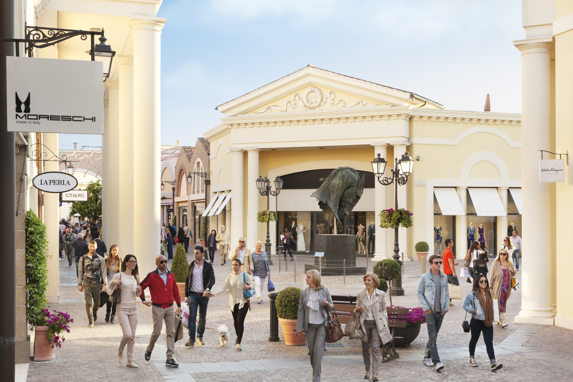 OUTLET SERRAVALLE SALDI E FESTA DELLO SHOPPING
