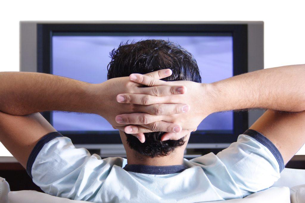 STASERA IN TV, PROGRAMMI DI OGGI DOMENICA 28 GENNAIO 2018. RAI, MEDIASET, LA7, TV8, NOVE E LE ALTRE