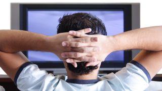 Uomini-troppe-ore-davanti-la-Tv-dimezza-spermatozoi-rispetto-a-chi-pratica-sport