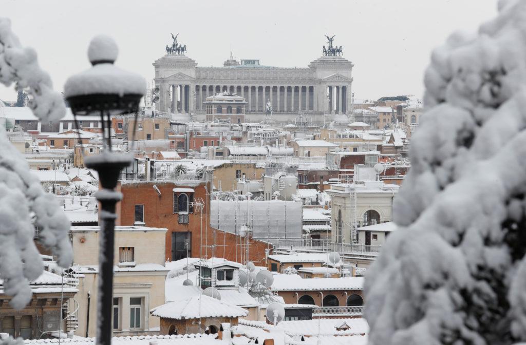 NEVE A ROMA, LE IMMAGINI PIÙ BELLE DELLA CAPITALE. VIDEO