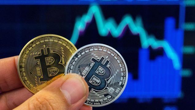 bitcoin-giam-manh-xuong-duoi-9-000-usd