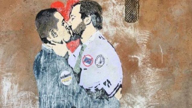 Bacio-tra-Salvini-e-Di-Maio-in-stile-Bansky-770×480