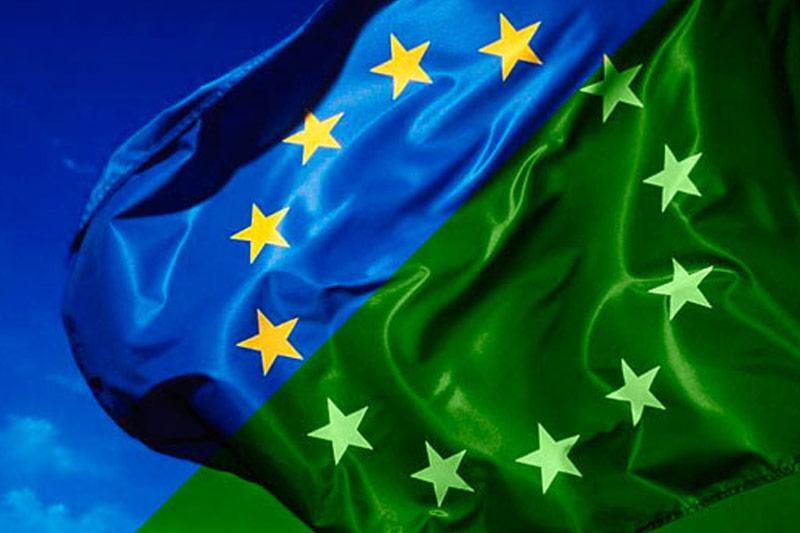 EFFICIENZA ENERGETICA, RAGGIUNTO ACCORDO UE: RIDUZIONE DEI CONSUMI DEL 32,5% ENTRO IL 2030