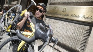 Lavoro: bozza dl; rider 'subordinati' e stop a cottimo