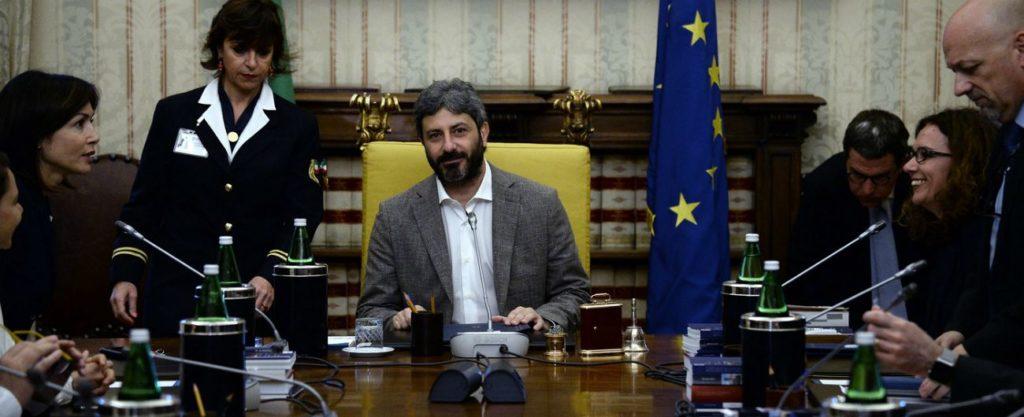 ARRIVANO I TAGLI AI VITALIZI, LA CAMERA RISPARMIERA' 40 MILIONI DI EURO