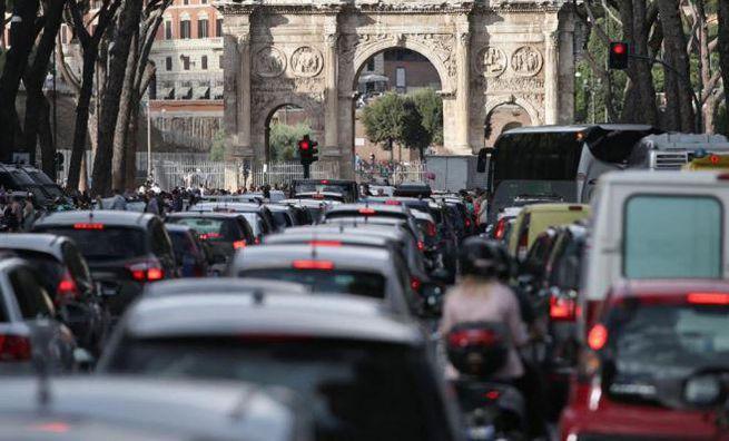 ECOPASS, IN ARRIVO A ROMA ENTRO IL 2020 IL PEDAGGIO PER I VEICOLI