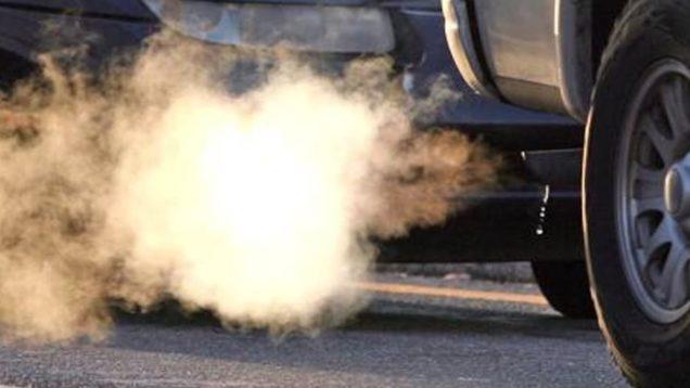emissioni-auto-meno-smog-tassando-chi-inquina-di-pi-e-incentivi-proposta-da-legambiente-a-governo