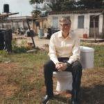 BILL GATES PRESENTA IL WC DEL FUTURO, SALVERA' OLTRE 500 BAMBINI DALLA MORTE PER CARENZE IGIENICO-SANITARIE