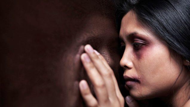 violenza-sulle-donne-informareonline-min