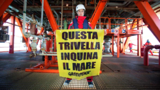 Trivella_mare_greenpeace.eni__0