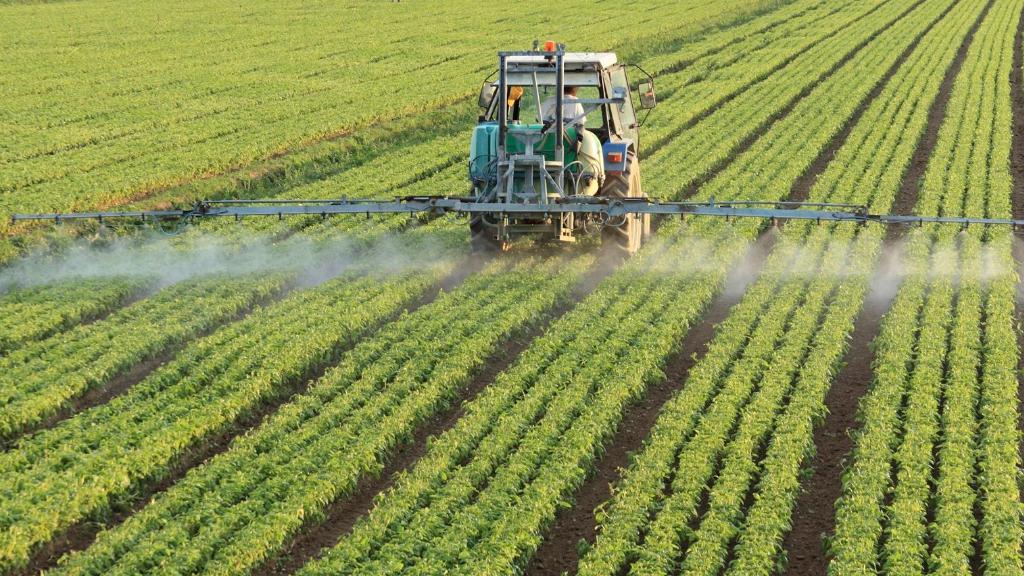 Pesticidi. ColtiviAMOfuturo consegna 6700 firme per un'agricoltura libera da veleni