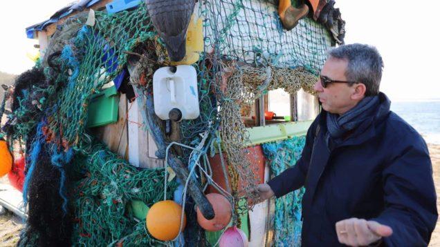 Plastica costa norvegia