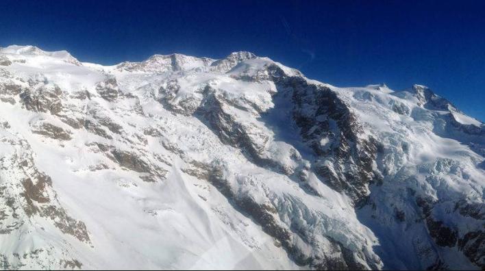 Pesticidi contaminano le Alpi. A rischio invertebrati ed ecosistemi acquatici