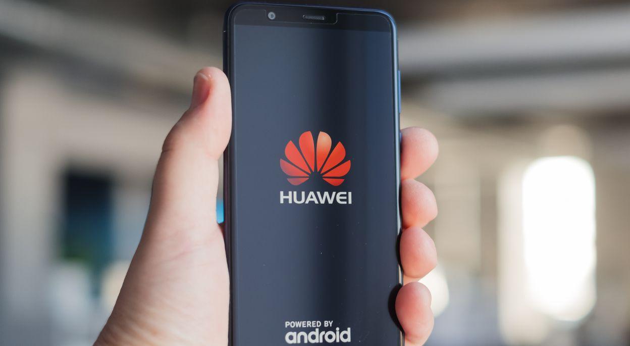 Huawei aiutato dallo stato cinese è diventata un'importante colosso delle telecomunicazioni