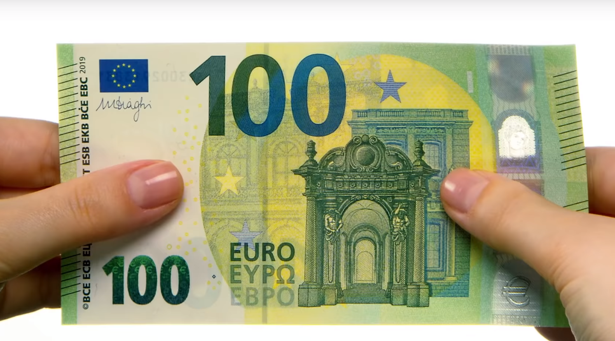 """b3596faf02 Banconote più resistenti e """"vegane"""": arrivano i nuovi tagli da 100 e 200  euro"""