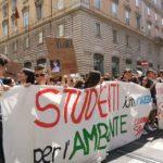 Clima, i giovani non si fermano. Prossimo sciopero globale per il 24 maggio