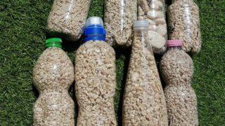 sardegna turisti bottiglie sabbia 1-min