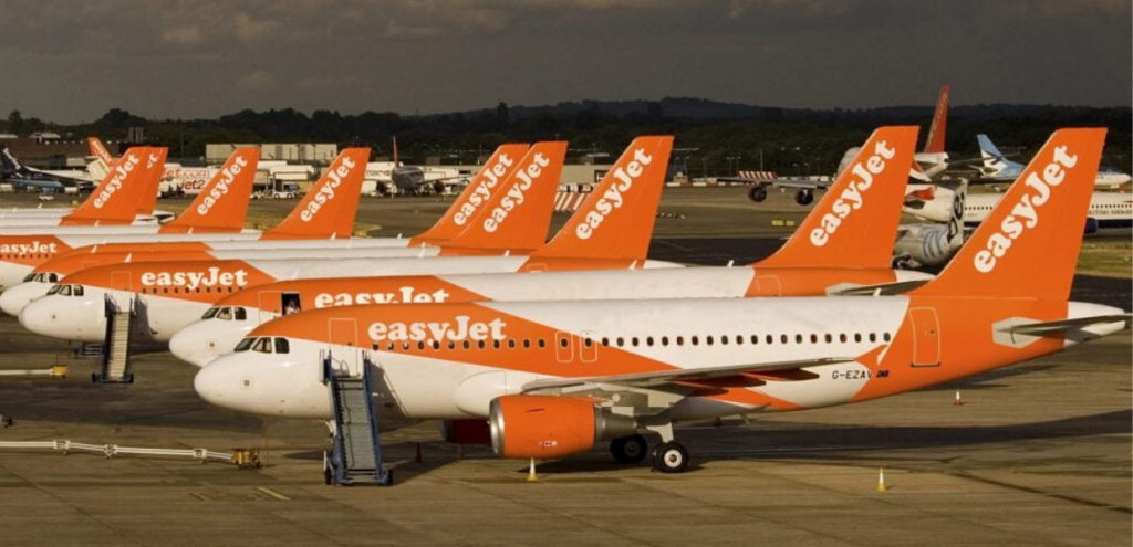 Inquinamento, EasyJet prima compagnia aerea a compensare le proprie emissioni