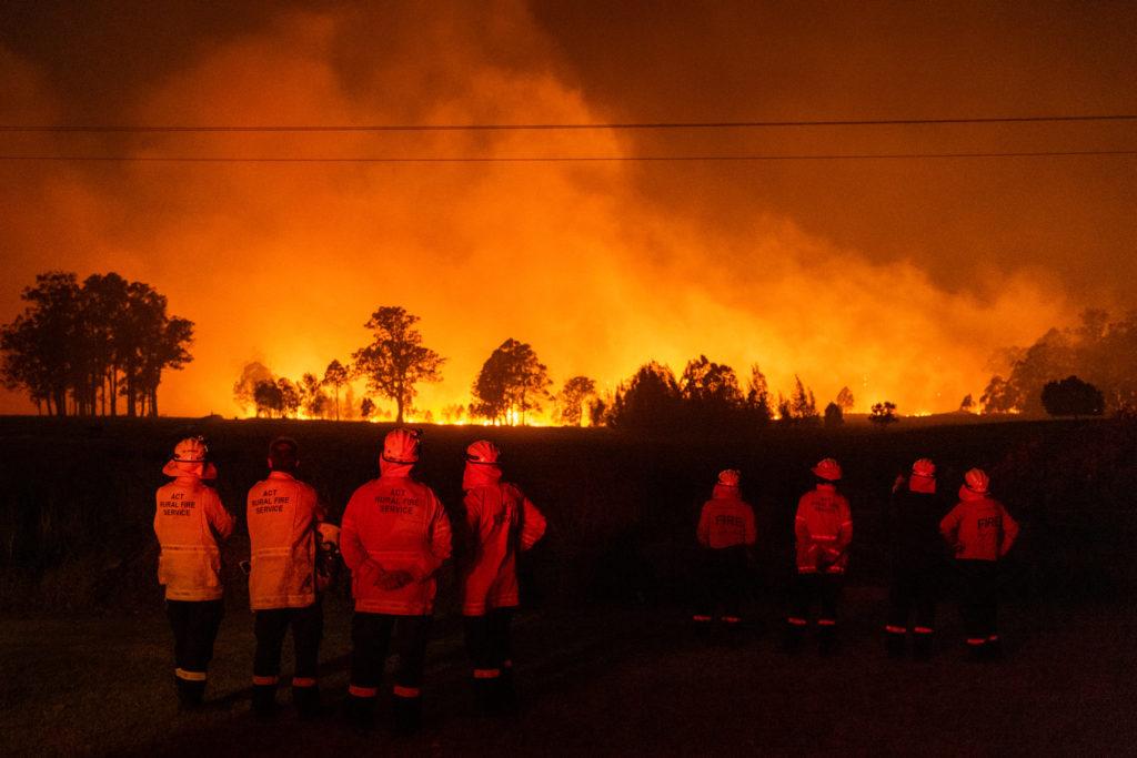 Incendi, Australia ancora in fiamme. Sydney ricoperta da una nube di fumo