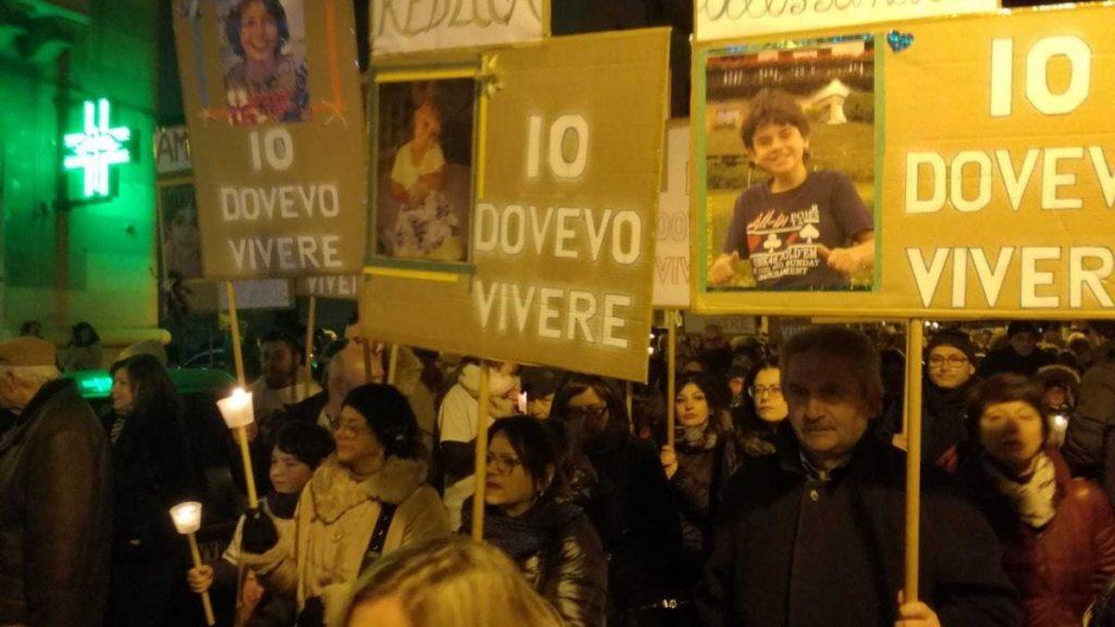 Taranto, il 26 febbraio seconda Fiaccolata per le vittime dell'inquinamento