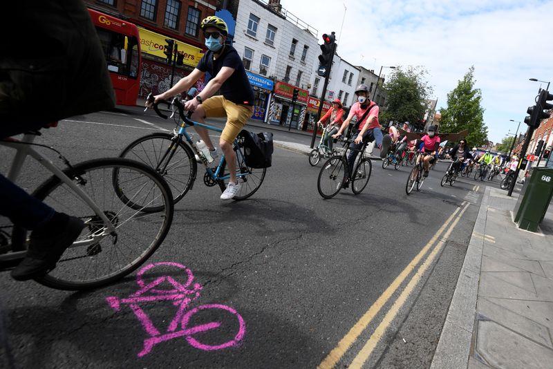 Londra, pronto il piano per chiudere al traffico le grandi aree della città