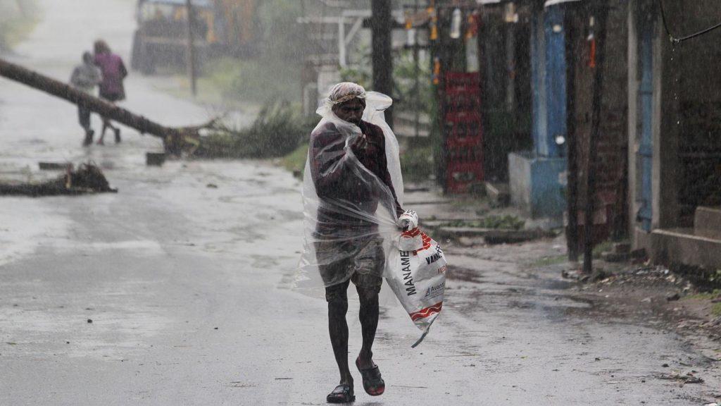 UNICEF, 19 milioni di bambini a rischio con l'arrivo del ciclone Ampham