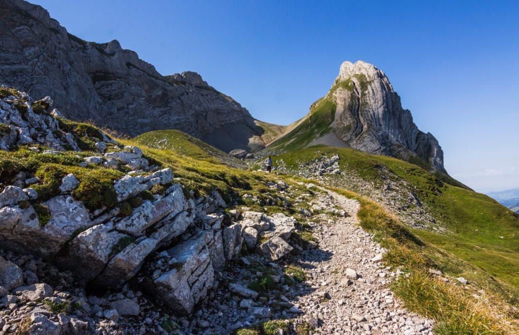 Un 'Sentiero dei Parchi' come il cammino di Santiago, accordo tra il Minambiente e il Cai