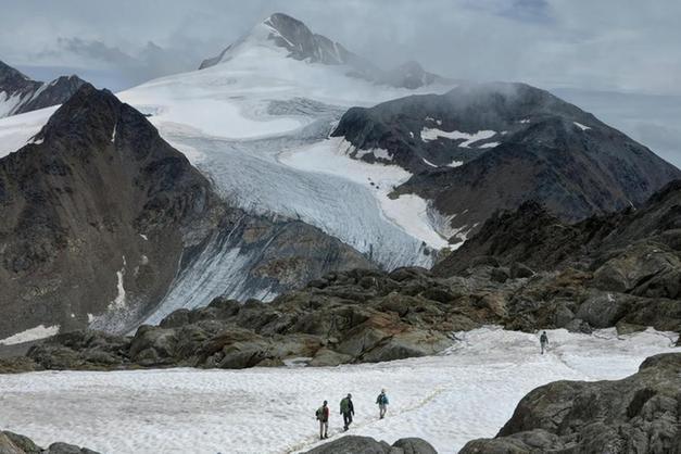 Clima, lo studio di Eurac: meno neve nel 78% delle aree montane di tutto il mondo