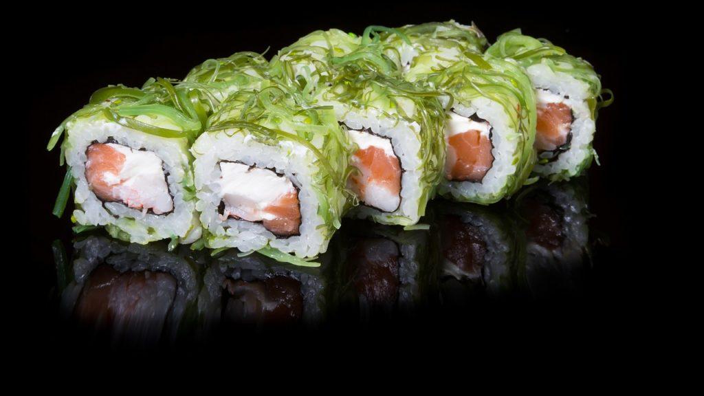 Sushi, allarme dall'agenzia francese: troppo cadmio nelle alghe wakame e nori