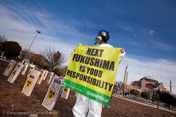 """Fukushima, a dieci anni distanza Greenpeace """"piano fallito, ancora contaminata l'85% dell'area"""""""