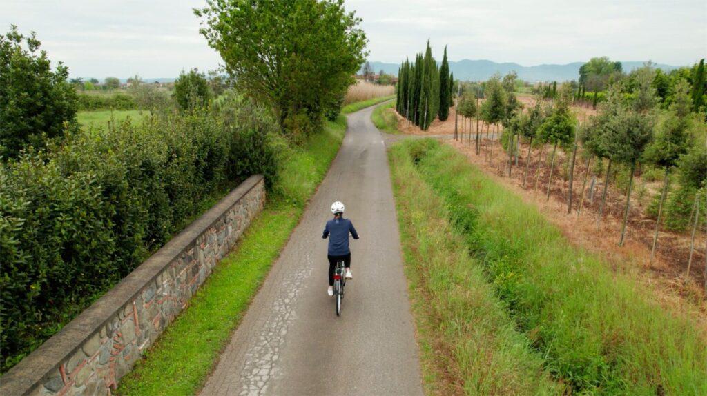 Giro d'Italia, le tappe si tingono di green grazie al consorzio Corepla