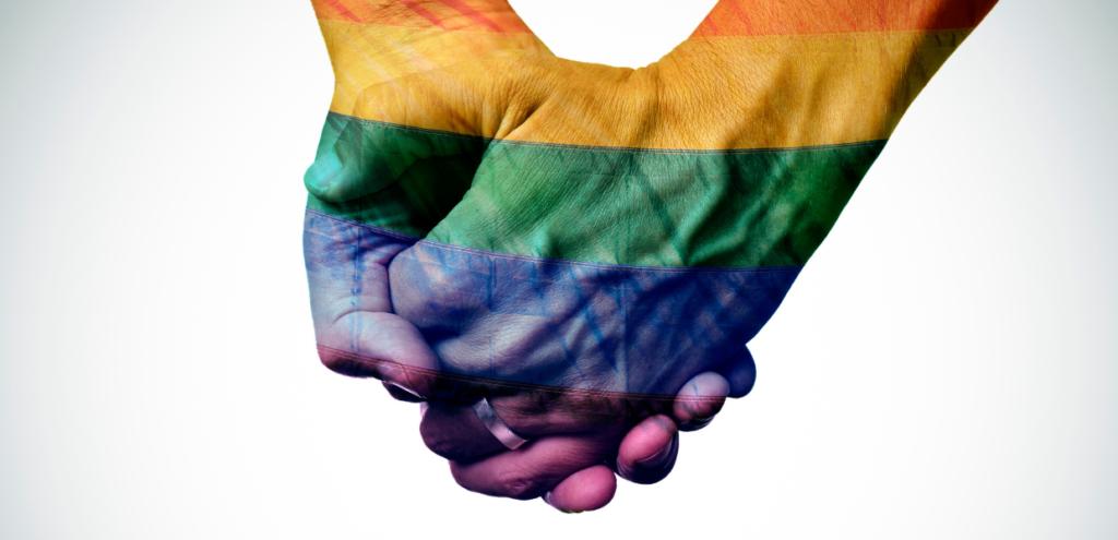 """Giornata Internazionale contro l'omotransfobia, Mattarella: """"Violenze a singoli oltraggiano l'intera società"""""""