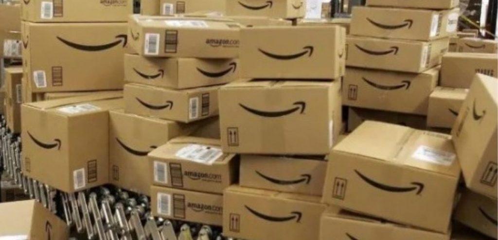 Amazon, ogni anno mandati al macero migliaia di prodotti invenduti o restituiti