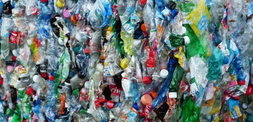 Bottiglie di plastica trasformate in aroma della vaniglia, l'incredibile successo della scienza