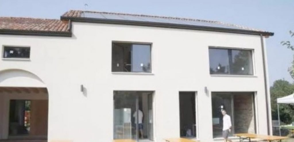Si trova a Spinea la 'casa solare' che funziona con soli 50 cent di energia al giorno