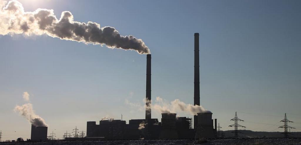 Clima, in Italia il calo di emissioni di gas serra non basta: il nostro Paese è sempre più caldo