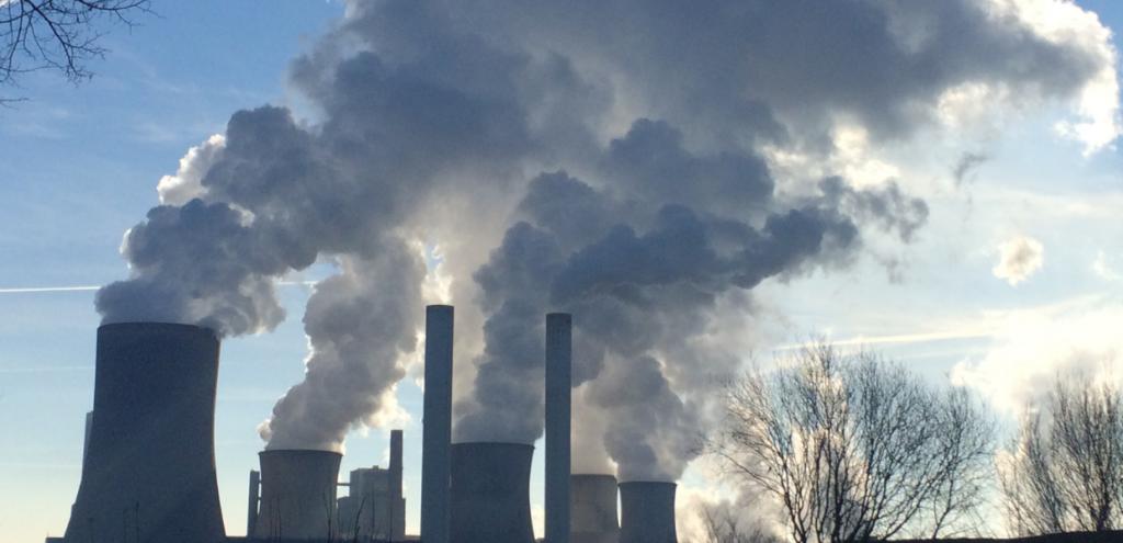 """CO2, l'allarme dell'Iea: """"Nel 2023 le emissioni raggiungeranno il record di sempre"""""""