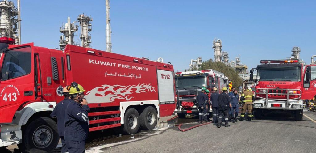 Kuwait, maxi incendio nella più grande raffineria del Paese: operai feriti, dubbi sull'impatto ambientale
